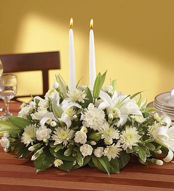 Center All-White Center piece with Candles